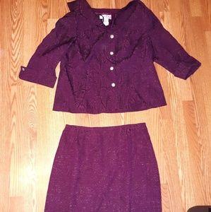 Vinage Eliza J  N.Y.  Polyester Skirt Suit